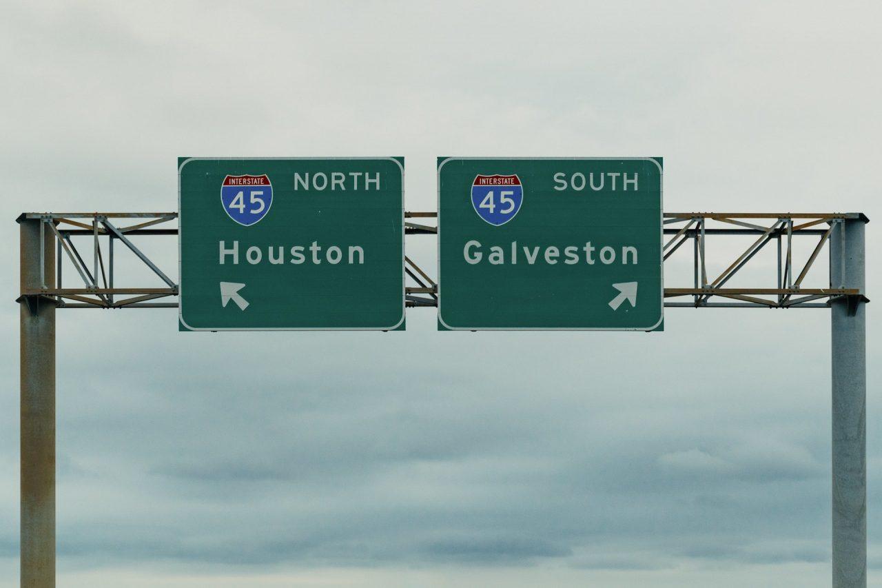 https://thetexan.news/wp-content/uploads/2021/07/Houston-Galveston-Interstate-45-I-45-Highway-Signs-1280x853.jpg