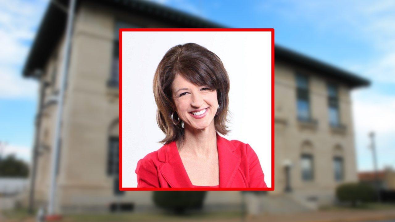 https://thetexan.news/wp-content/uploads/2021/07/Laura-Gibbs-Maczka-Jordan-Richardson-Mayor-Easter-District-Courthouse-Sherman-1280x720.jpg