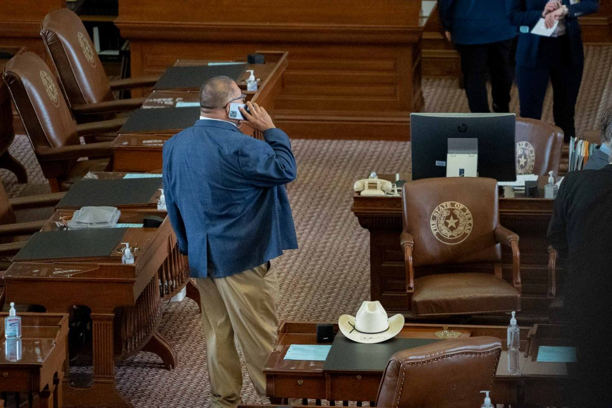 The Back Mic: A List of the Democrats Who Fled to D.C., Stayed in Texas, or Are Off the Radar
