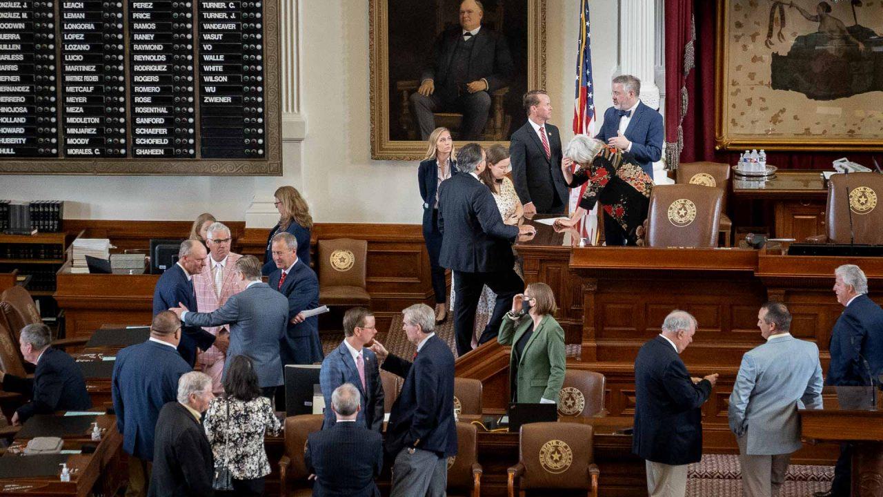 https://thetexan.news/wp-content/uploads/2021/07/Texas-House-Floor-DF-1280x720.jpg