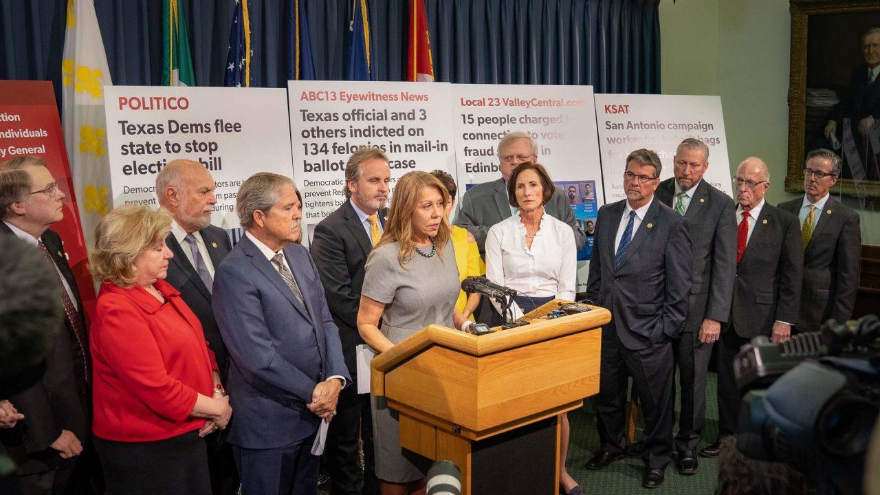 https://thetexan.news/wp-content/uploads/2021/08/Joan-Huffman-at-Texas-Senate-GOP-Press-Conference-DF-5-1280x720.jpg