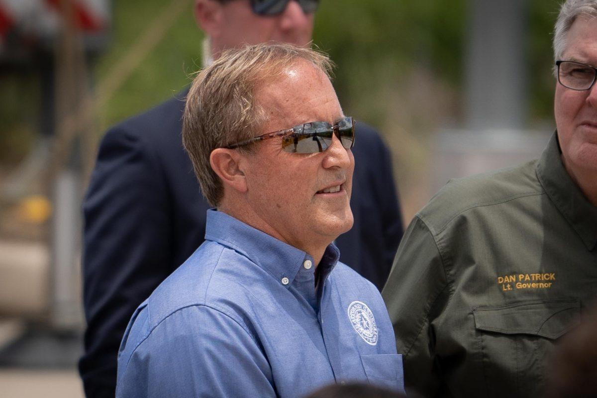 Texas, Missouri Sue Biden Administration to Finish Border Wall Construction