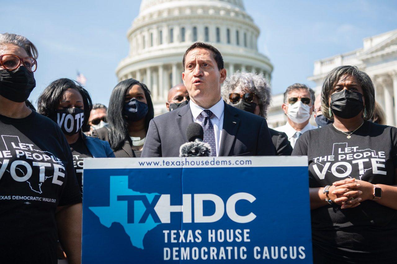 https://thetexan.news/wp-content/uploads/2021/08/Trey-Martinez-Fischer-TMF-Texas-Democrats-Quorum-Lawsuit-Abbott-Phelan-James-White-1280x853.jpg