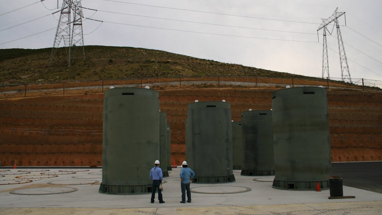 https://thetexan.news/wp-content/uploads/2021/09/Nuclear-Waste-Dry-Cask-Storage-Radioactive-1280x720.jpg