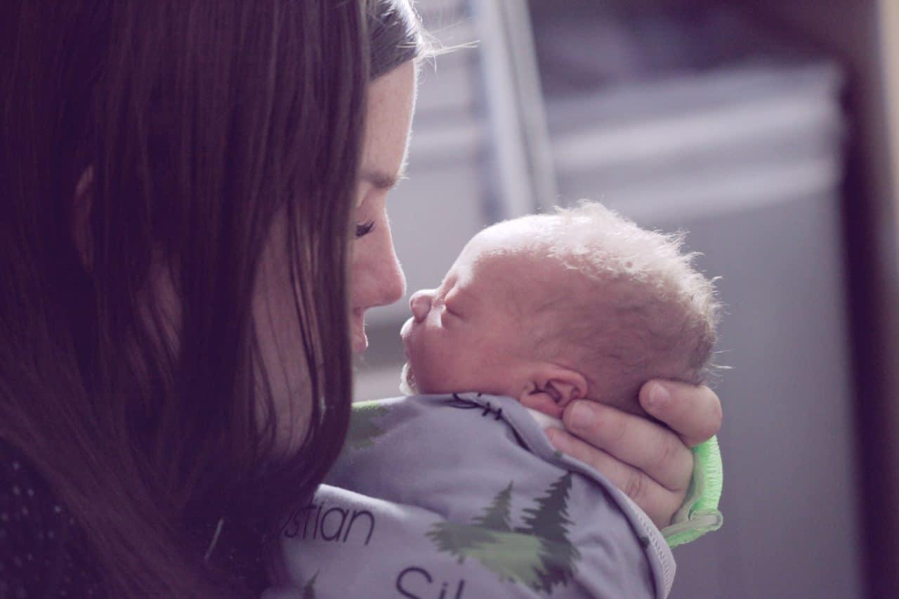 https://thetexan.news/wp-content/uploads/2021/09/newborn-baby-with-mother-pregnancy-birth-1280x853.jpg
