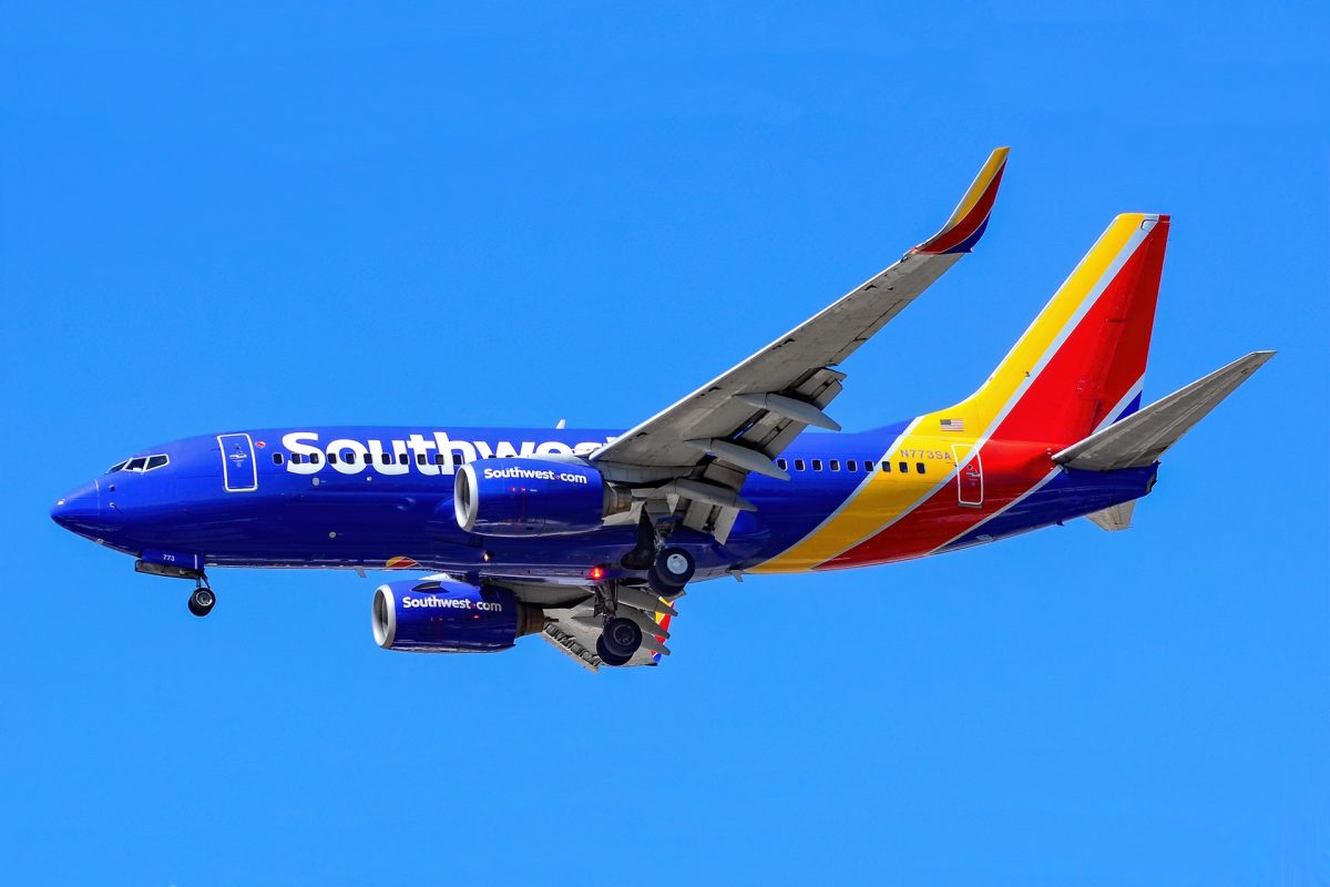 Southwest Pilots Union Blames Cancelations on Airline's 'Poor Planning' Amid Vaccine Mandate Controversy